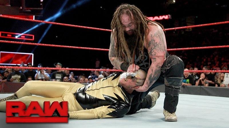 Goldust thử sức Bray Wyatt tại sự kiện Raw